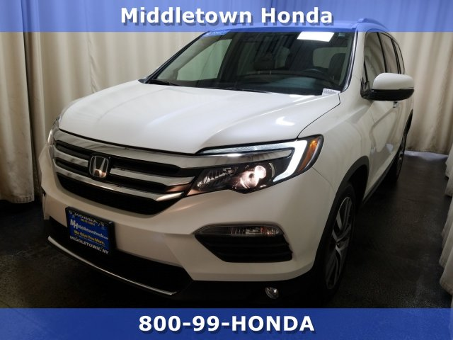 Certified Pre-Owned 2016 Honda Pilot Touring w/RES w/Navi
